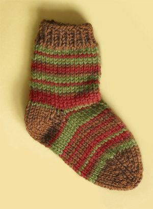 Free Knitting Pattern 70285AD Knit Child's Striped Socks : Lion Brand Yarn Company