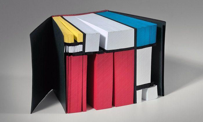 Olomouc vystavuje autorské knihy studentů z FaVU