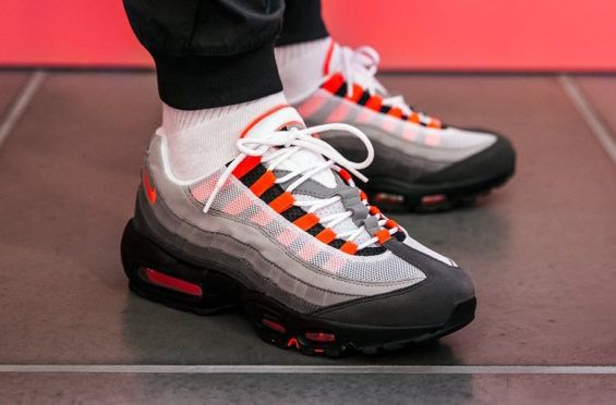 official photos cd551 27f82 Release Reminder  Nike Air Max 95 Solar Red The Nike Air Max 95 Solar Red