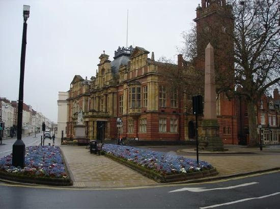 Leamington Spa, UK - the Parade and Town Hall