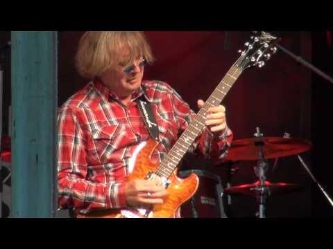 ▶ Kim Simmonds & Savoy Brown - Slow Blues - YouTube