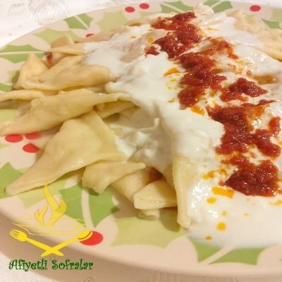 Hiç Çerkez Mantısı yediniz mi ? ÇERKEZ MANTISI.. http://www.afiyetlisofralar.com/mutfaktan-lezzetler/yemektarifi/ana-yemekler/haluj-cerkez-mantisi