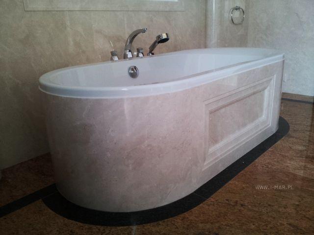 @imarpolska Przedsiębiorstwo Kamieniarskie: Łazienka wykonana z marmuru Crema Marfil oraz granitu Madura Gold. / Bathroom made of marble #CremaMarfil and granite #MaduraGold.