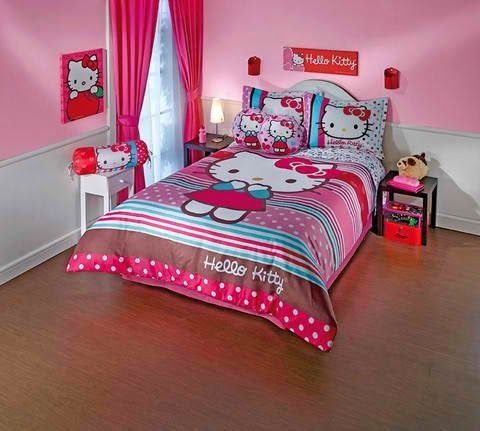 Bedroom Decor Ideas and Designs: Top Ten Hello Kitty Bedding Sets
