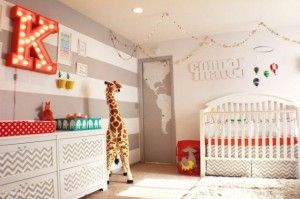 Nursery Design With White Rugs, White Cabinet An Various Ornament In Wall And Giraffe Room Decorations