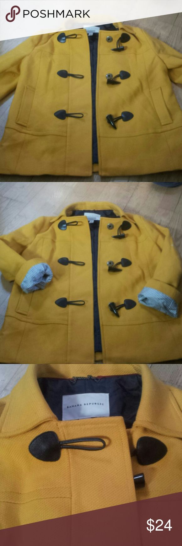 Banana republic jacket Excellent condition can fold sleeves to get the really nice lining great buttons Banana Republic Jackets & Coats Blazers