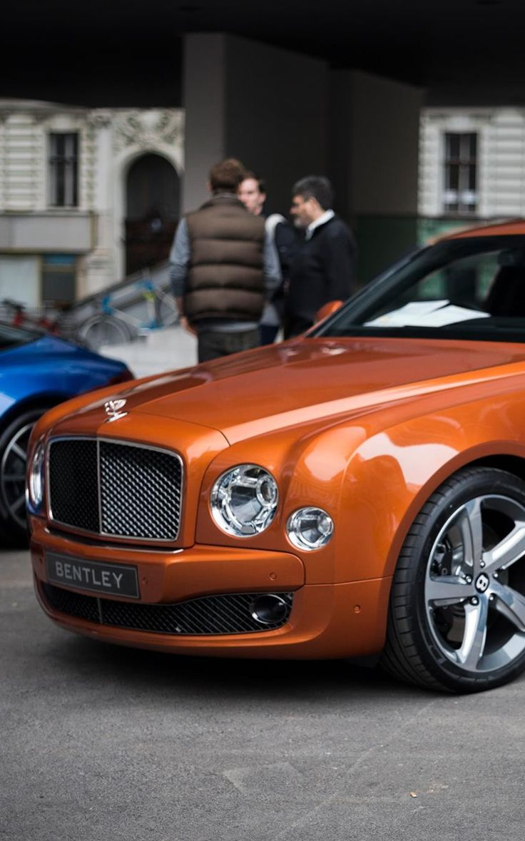 new mulliner by a absolutely limousine mulsanne is img express auto massive grand much bentley how