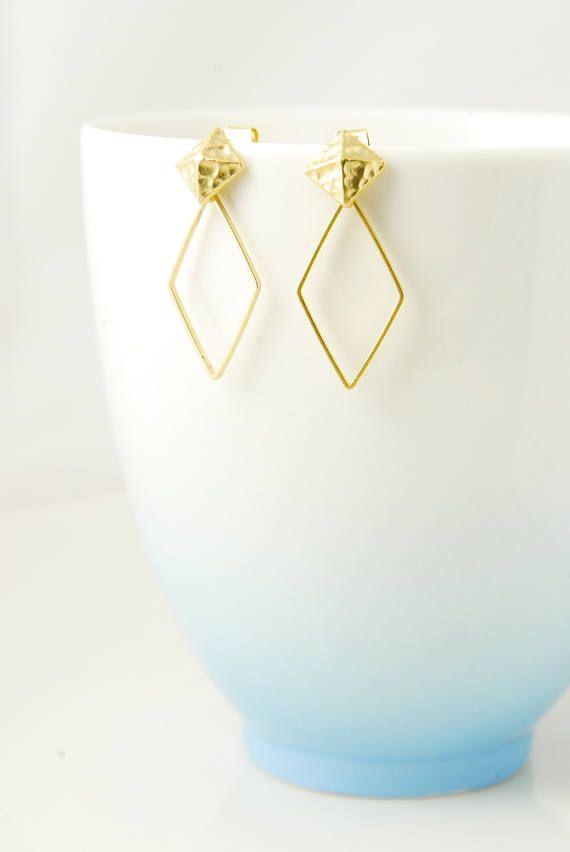 Orecchini in oro martellato oro perno orecchini di diamanti a