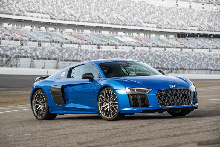 Get the latest reviews of the 2017 Audi R8. Find prices, buying advice, pictures, expert ratings, safety features, specs and price quotes.