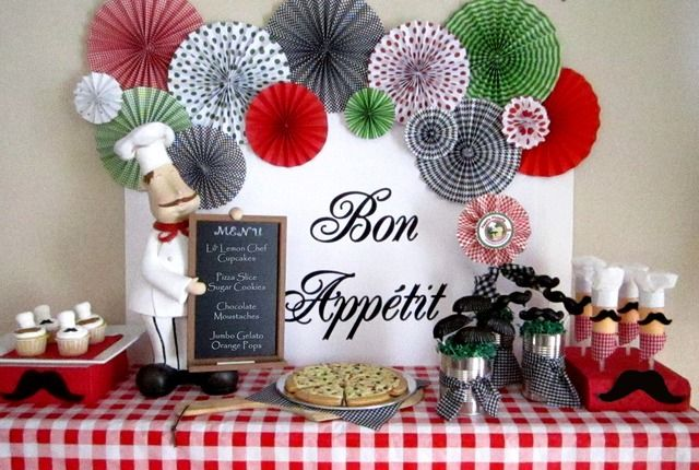 Cute pizza party dessert table
