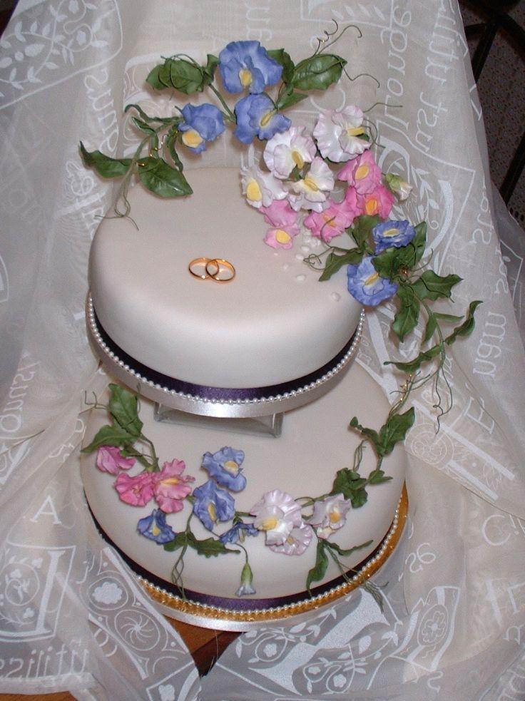 48 best floral wedding cake ideas images on pinterest cake decorating supplies cake ideas and. Black Bedroom Furniture Sets. Home Design Ideas