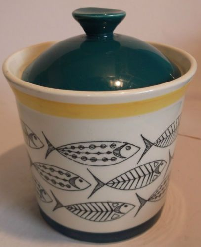 STAVANGERFLINT-FISH-THEMED-LIDDED-POT-LOVELY-UNUSUAL-PIECE