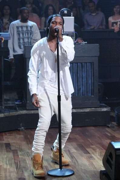 Another white outfit, if you like the color white and can wear it #PrettyLordFlacko