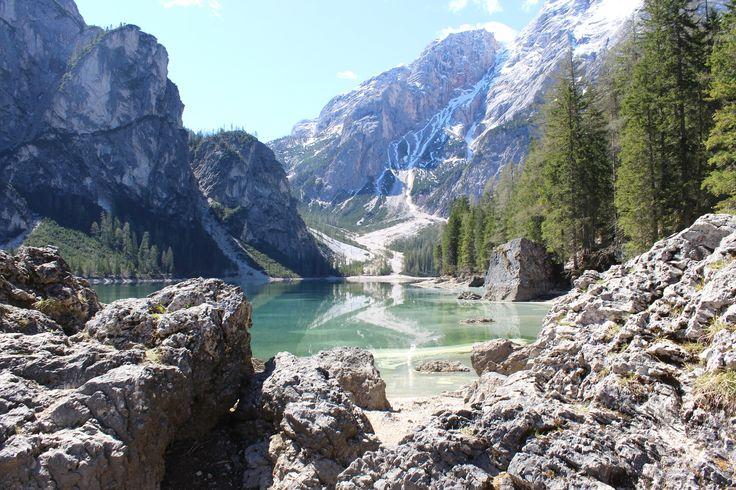 Der Pragser Wildsee im Pustertal, gehört sicherlich zu den beeindruckensten Seen, welche es in Südtirol zu bestaunen gilt.  Anbei ein paar Schnappschüsse von einer schnellen