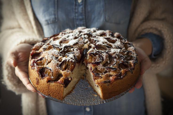 Ciasto ze śliwkami – White Plate