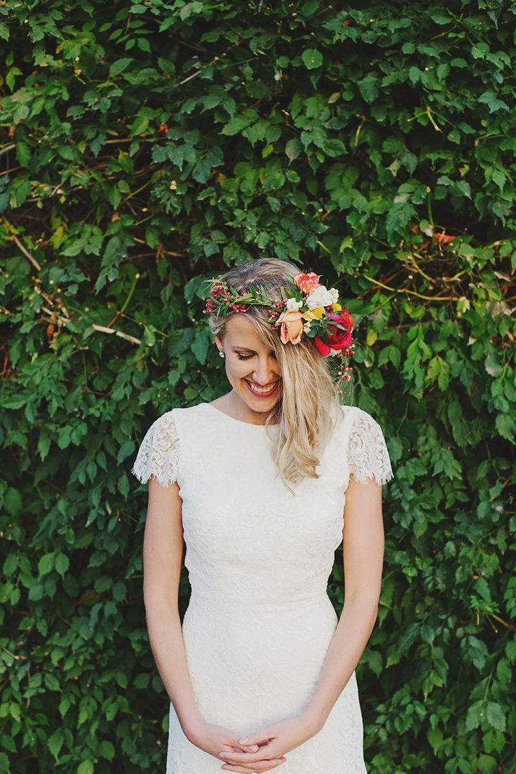 #halo-wreath, #flower-crown  Photography: Jonathan Ong - www.jonathanong.com  Read More: http://www.stylemepretty.com/2014/08/20/whimsical-country-wedding-in-australia/