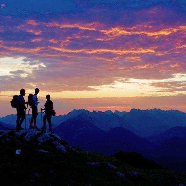 Momente wie diese ❤. Vorfreude auf den kommenden Sommer. *** Moments like these ❤. Looking forward to summer-time. *** Rainer Renauer *** - www.seefeld.com - #olympiaregionseefeld #Tirol #Österreich #Berg #Natur #Urlaub #Reisen #Abenteuer