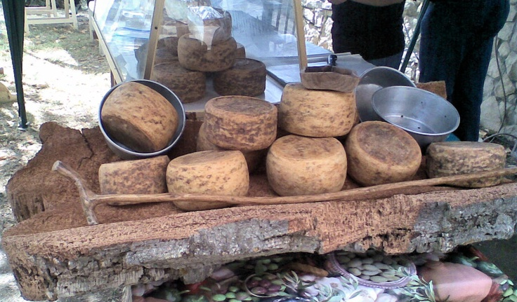 Google Image Result for http://www.provincia.mediocampidano.it/resources/cms/images/20080922_formaggio_02_d0.jpg