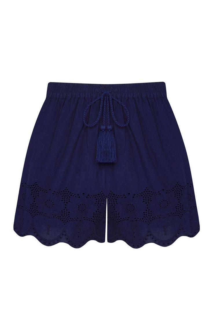 Primark - Pantalón corto azul con bordados