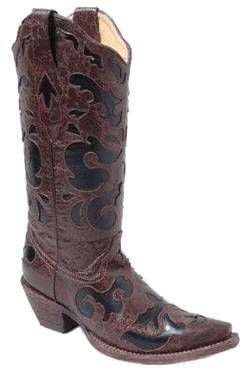 Corral! #HOT COWGIRL CLAD COMPANY http://www.cowgirlclad.com #cowgirlclad #niceboots 417-350-1717