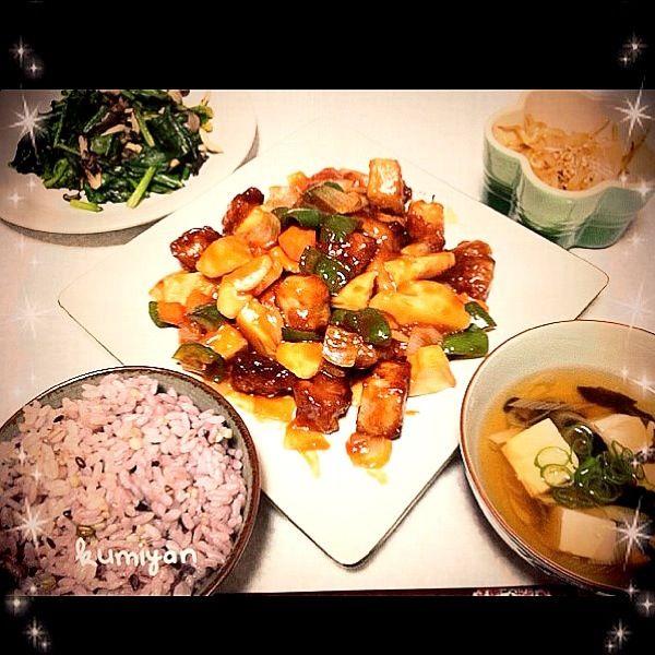 酢豚 きくらげと豆腐のスープ ピリ辛もやし 青菜炒めでした - 8件のもぐもぐ - 酢豚 by kumiyan20