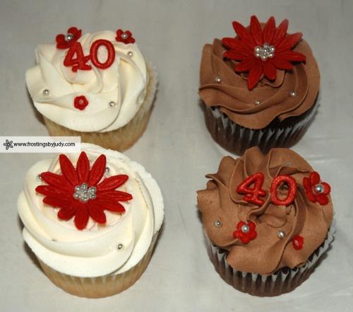 40th anniversary chocolate and vanilla cupcakes