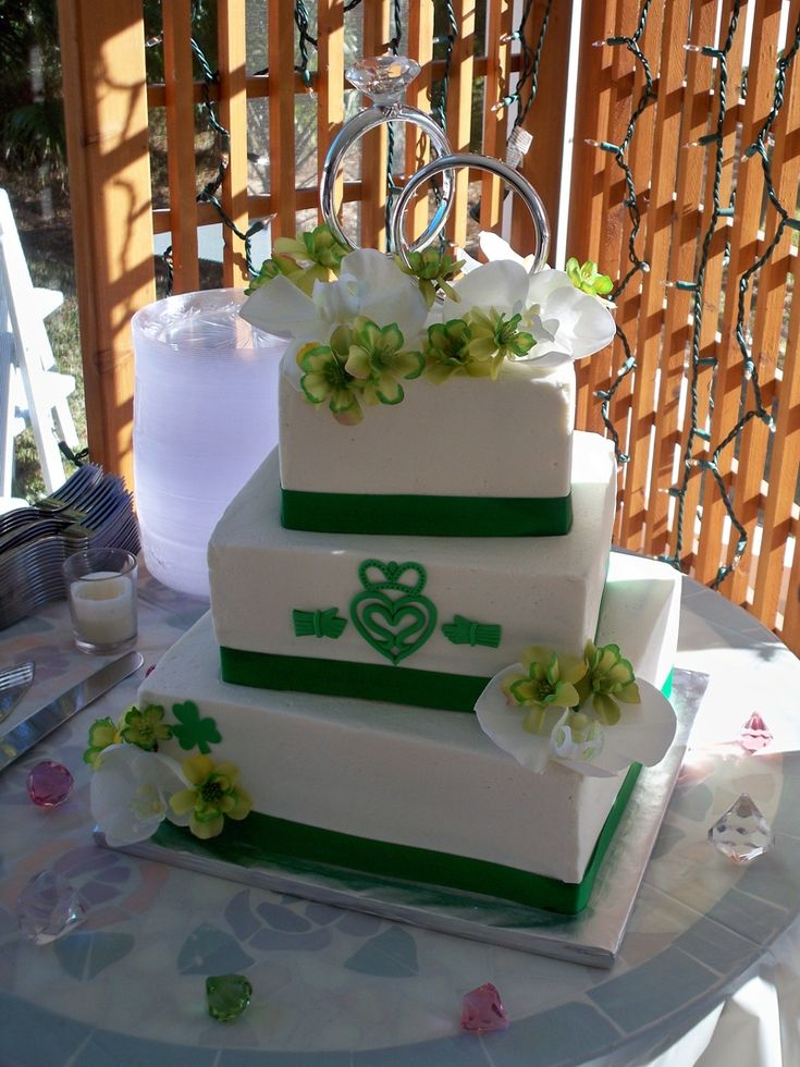 irish wedding cakes pictures 11 best traditional wedding ideas images on 16485