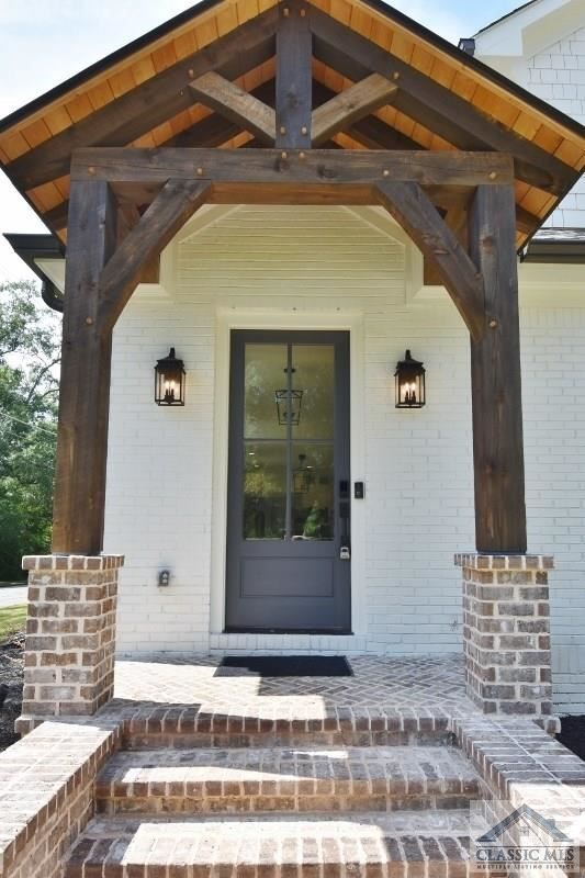 190 Highland Terrace Athens Ga 30606 Entry Townhouse New