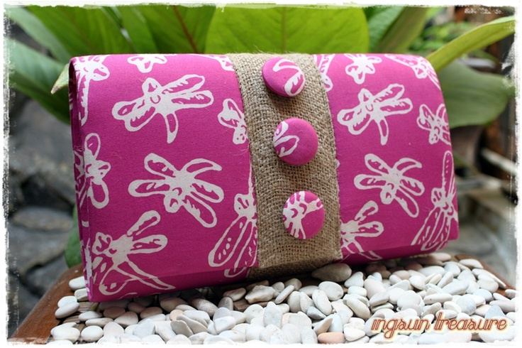 Fireflies stamped batik bag combined with recycled burlap. Ethnic and easy. -sold to ms. Lucy (melb)-