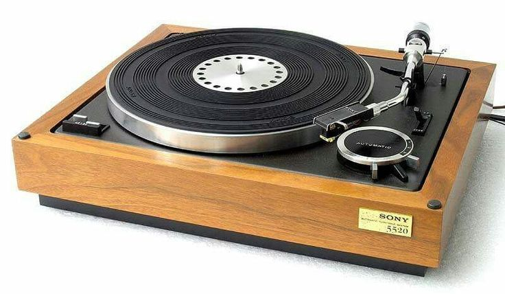 Vintage Sony 5520 Turntable