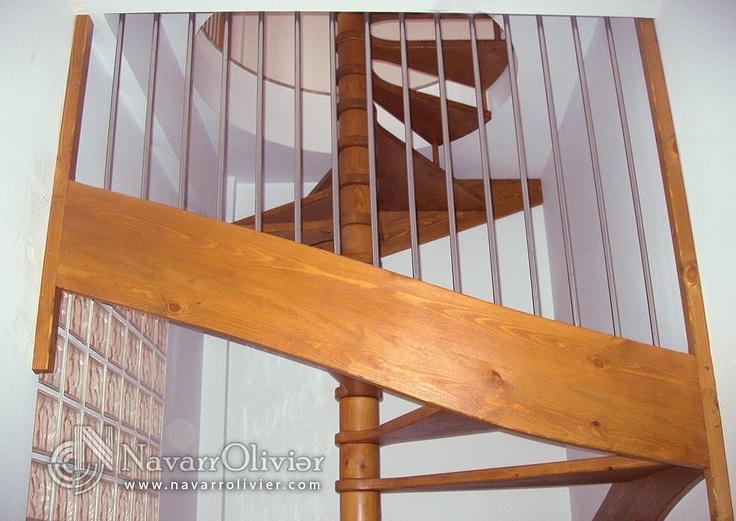 ( NavarrOlivier ) Escalier en colimaçon avec main courante inox.