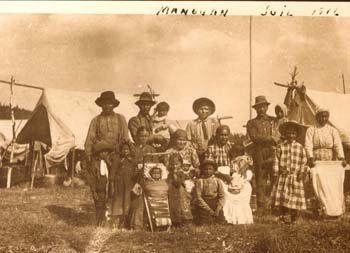 Atikamekw group at Manawan, Quebec - 1916