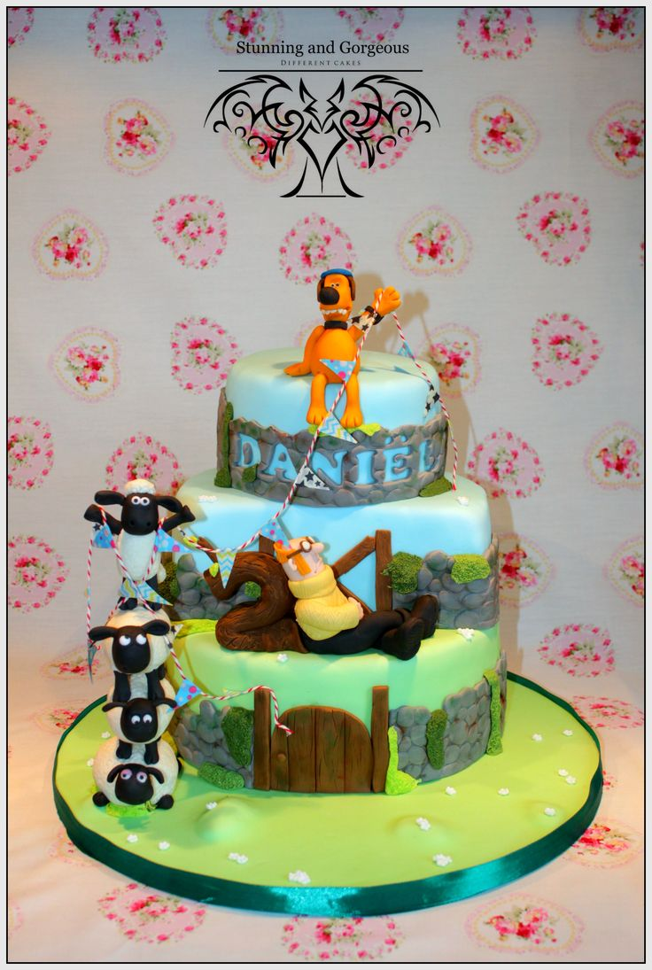 Who does't love Shaun? Shaun the Sheep cake by www.stunningandgorgeous.nl