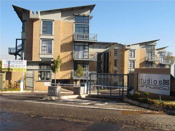 0.5 bedroom flat in Lynnwood, Lynnwood, Property in Lynnwood - S749286