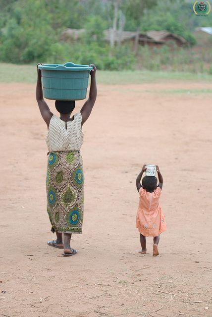http://igg.me/at/mudhut Malawi, Eid al-Adha 2011.  Photo: IHH Humanitarian Relief Foundation/TURKEY, via Flickr