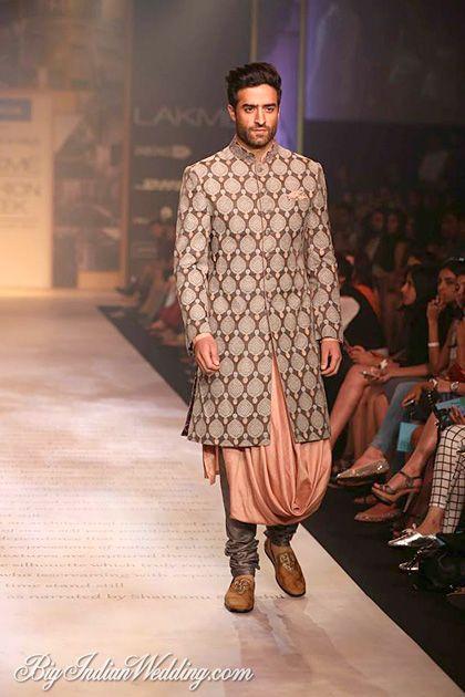 Shantanu Nikhil- Modern Ethinc style