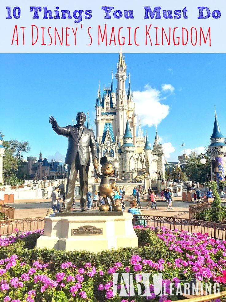 25 Best Disney Furniture Ideas On Pinterest: 25+ Best Ideas About Disney Magic Kingdom On Pinterest