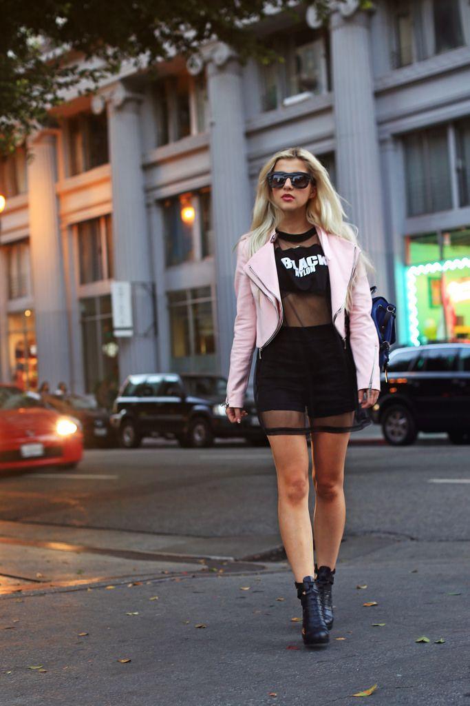 Evelina's Fashion Cafe - Petite Style & Fashion Blogger / Petite Lookbook