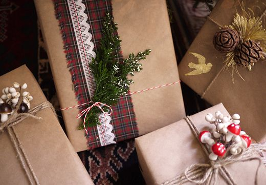 DIY: Ιδέες Για Ιδιαίτερα Περιτυλίγματα Δώρων / DIY: Holiday Gift Wrap