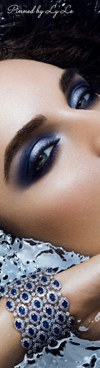 I love the makeup ♡