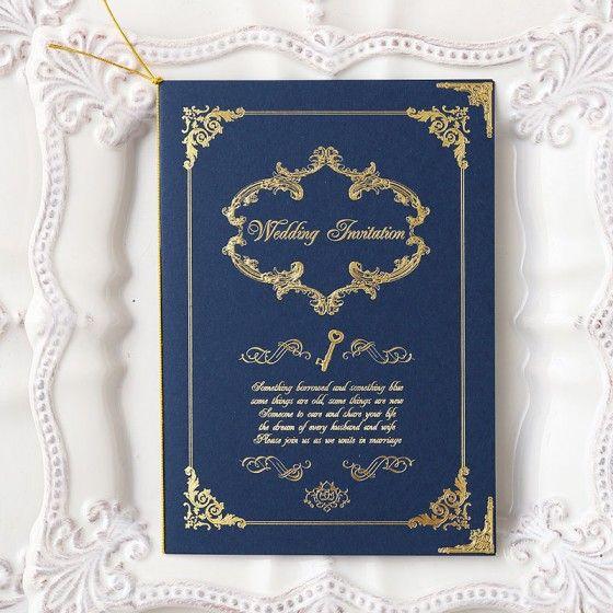 ロイヤルブルーが上品な雰囲気。結婚式のエレガントで高級感ある招待状のまとめ一覧♡