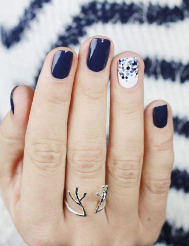 Un vernis pastel - Manucures de printemps : inspirations et conseils - Femme Actuelle