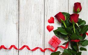 Обои красные розы, бутоны, сердце, любовь, день святого валентина, розы, подарок, романтичный, розы, красный, цветы