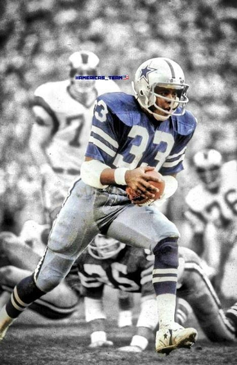 Tony Dorsett of the Dallas Cowboys