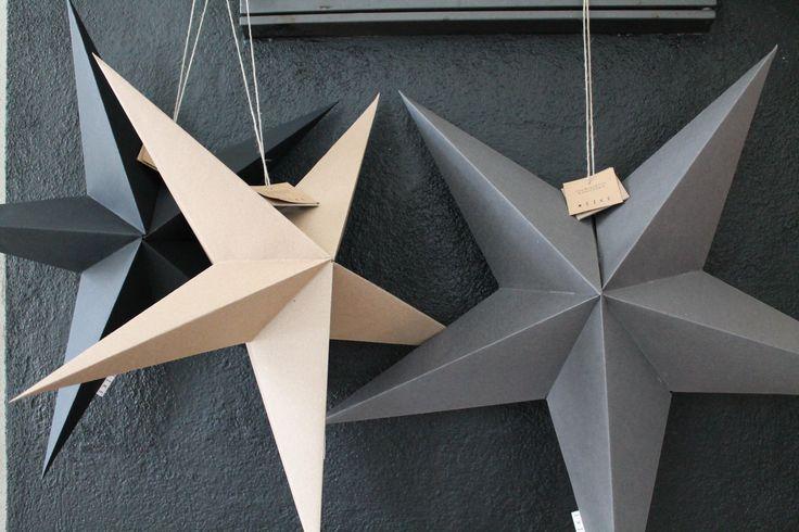 Tähdet 2. ja 3. koko, valmistettu käsityönä Suomessa