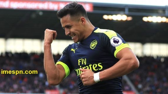 Arsene Wenger of Arsenal Manager reveals positive talks with Alexis Sanchez