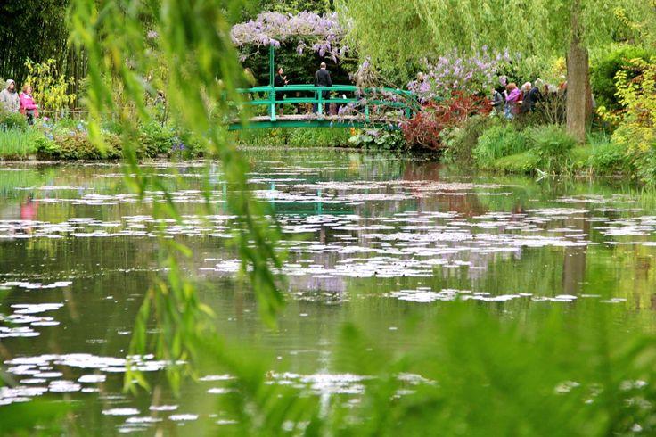 Vista del puente que retrató Monet