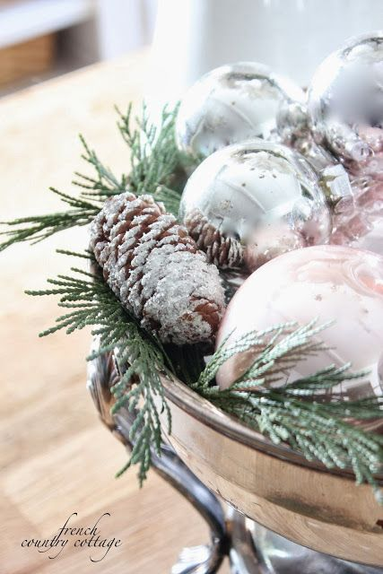 HomeGoods Design Happy Blog - Holiday Home - (first) Link Party - Holiday Highlights Kickoff with FRENCH COUNTRY COTTAGE: Decking the halls ~Holiday Housewalk Home Tour