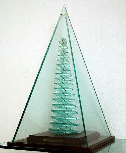 ''Albero della vita'''; Mario Ceroli; 900 esemplari