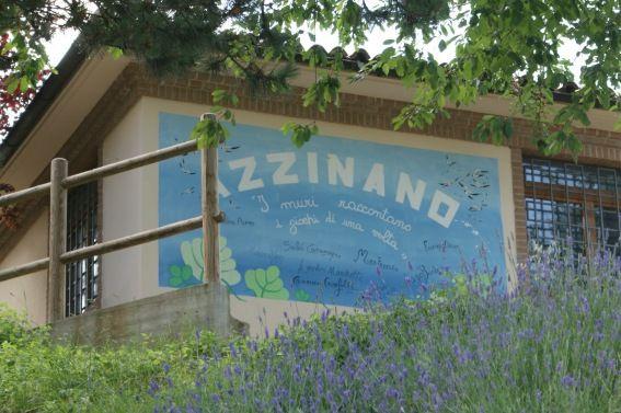 I murales di Azzinano: I giochi dell'infanzia